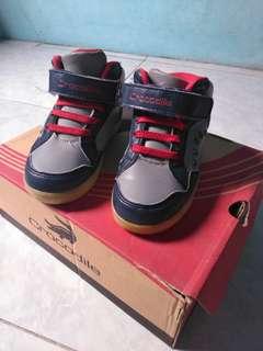 Sepatu anak crocodile ori no 25