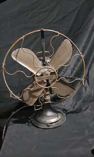 Antique fan ( working )