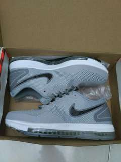 NIKE-ZOOM ALL OUT SZ-40-44
