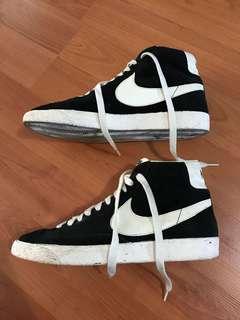 Nike Hightop Sneakers