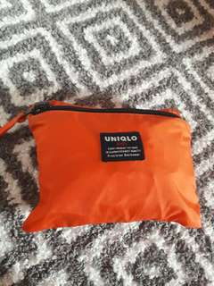 Uniqlo  Kids rain coat (orig)