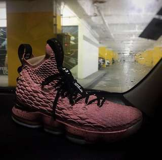 Lebron 15 Hollywood