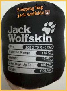 Sleeping bag jack wolf skin