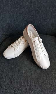 SALE! Nautica shoes for her