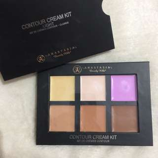 CLASS A Anastasia Beverly Hills Cream Contour Palette (Light)