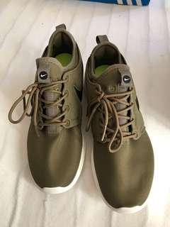Nike army green sneakers