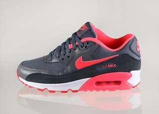 Nike Womens Air Max 90 Essential #july50