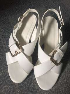 Parisian wedge sandals (white)