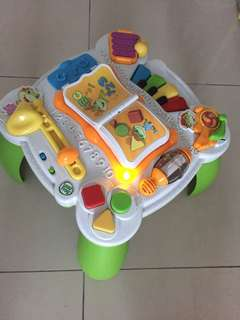 Leapfrog Learn and Groove Musical Activity Table