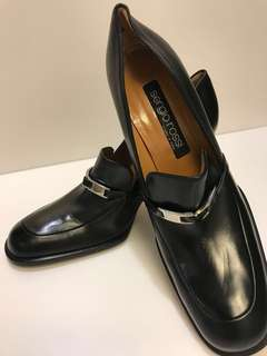 Sergio Rossi — Classic black leather heels
