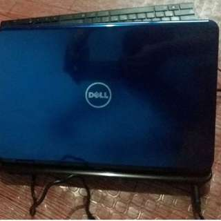 Defective Dell Laptop