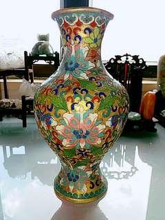 70年代金地銅胎掐絲琺瑯花瓶(景泰藍)
