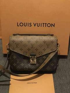 *MarkDown AUTH Louis Vuitton Pochette Metis #LetGo80