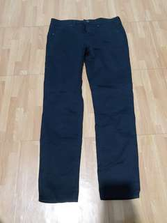Uniqlo Black Ankle Length Slacks