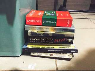 More Books 💕😍