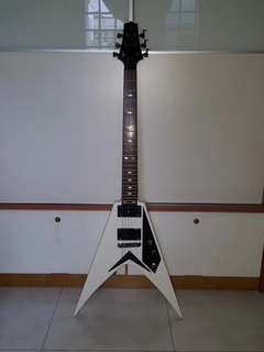 CLEARANCE SALE Flying V Electric Guitar with FREE Guitar Bag (Retail $470)