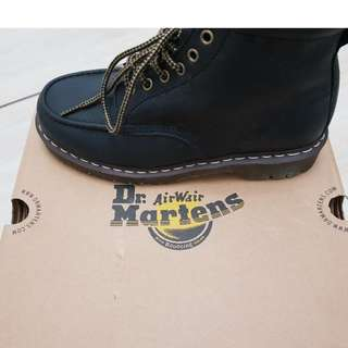 New &Unworn -Dr Doc Martens Unisex Damian Black Leather Ankle Boots worth $300