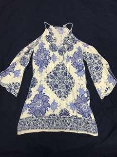 🚚 Zara 中國風水袖洋裝 露肩