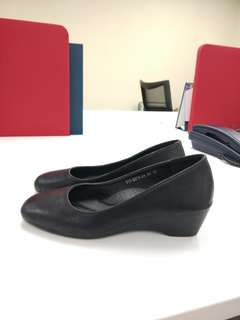 Bata casual shoes  👠