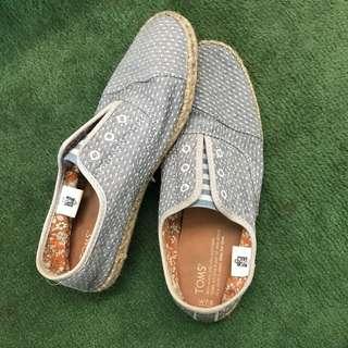 Sepatu Toms Authentic