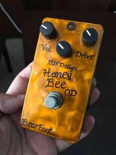Bearfoot Honeybee Overdrive pedal