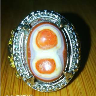 Natural formation Super Lucky 8 Agate. Asli Batu. Ring Size 9. Titanium Metal.