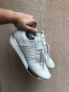 New Balance 247 LUXE suede US11