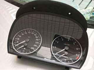 BMW E90 錶板包coding及免費安裝
