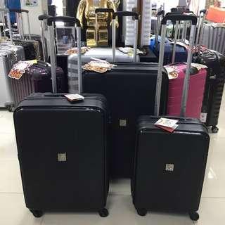 阿豪  意大利品牌 RONCATO 初階版 MODO系列 25寸 黑色 PP質料 行李箱
