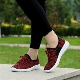Sepatu casual 010