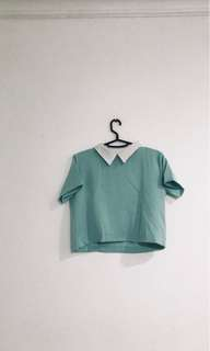 crop top/ baju