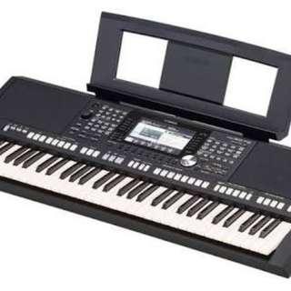 Keyboard Yamaha Psr-S 975