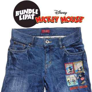 Disney Mickey Mouse Patches Jeans Size 32 Straight Cut