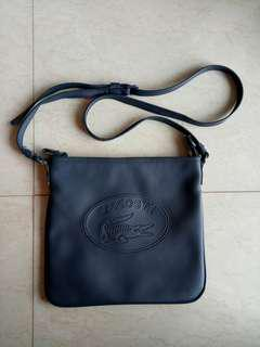 Lacoste sling body bag