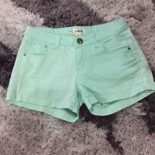 f block shorts