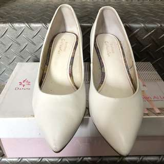 🚚 ❤️DAPHNE達芙妮白色低跟鞋 23號 真皮