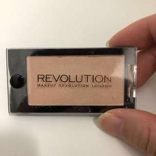 Revolution London eyeshadow mono eyeshadow