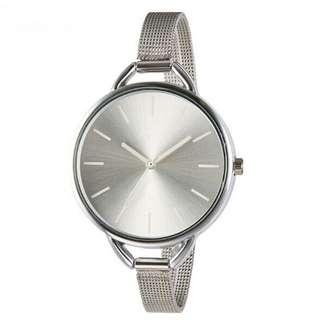 Hot Fashion Thin Mesh Belt Quartz Wristband Lady Simple Stylel Watch Silver