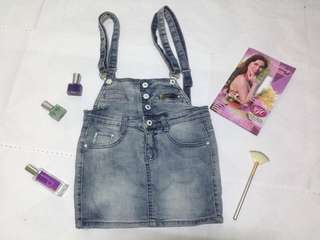 Jumper denim skirt