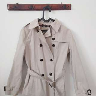 BURBERRY ORIGINAL Coat beli Singapore Burberry Store Orchard Road 2012