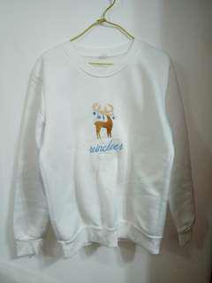 White Oversized Pullover