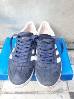 Adidas spezial blue mantapp