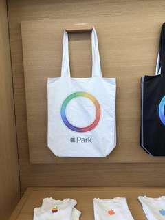 * 蘋果迷注意 * Apple Park Tote White 蘋果實用袋