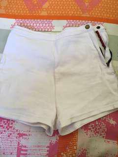 White denim shorts (zip at the side)