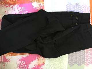 Black knee slit jeans
