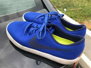 Nike Shoes US9