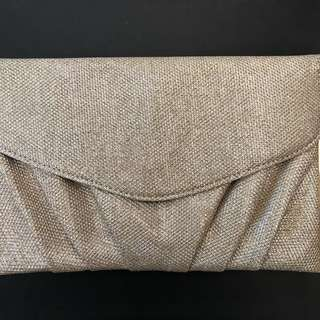 COLETTE GOLD CLUTCH (perfect for ball)