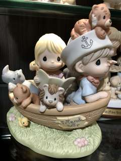 Preloved Precious Moments Figurine - There is always room for more precious thots exclusive figurine