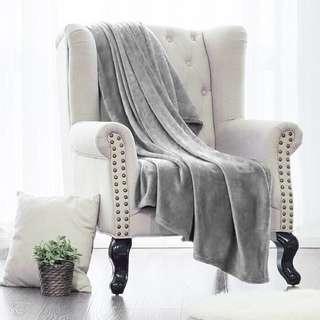 Selimut abu abu grey lembut tebal bulu plush ukuran besar