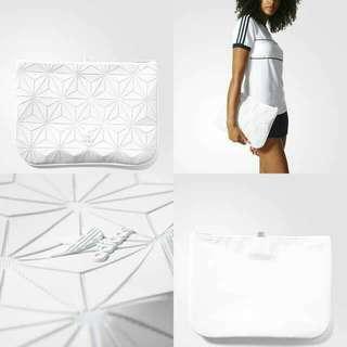 INSTOCK 3D Adidas Laptop Clutch